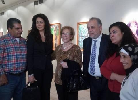 بالصور| افتتاح المعرض الثاني لمعالي زايد بحضور أشرف زكي ووفاء عامر