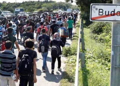 """""""الخارجية"""" تهيب بالمصريين الابتعاد عن مناطق تجمعات اللاجئين في أوروبا"""