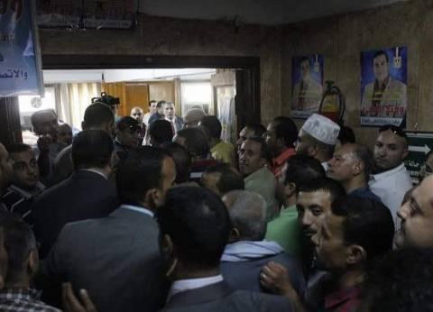 زحام وطوابير في انتخابات العمال بشركة شمال القاهرة لتوزيع الكهرباء