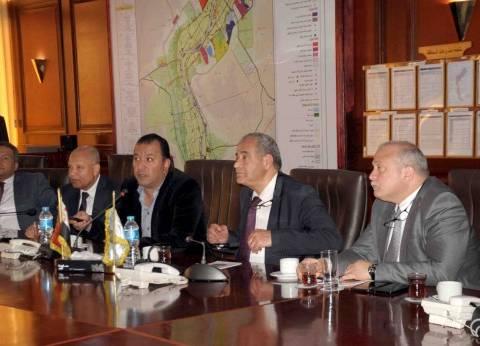 وزير التموين يناقش مع محافظ الأقصر المخطط الاستراتيجي