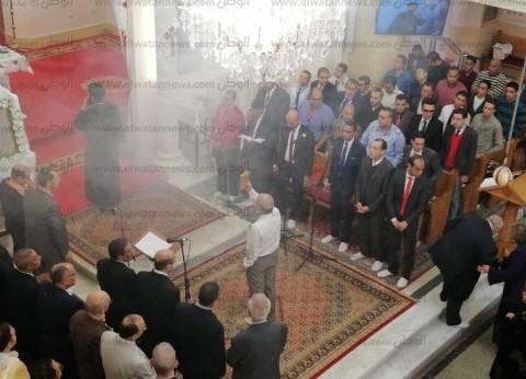 بدء قداس عيد القيامة المجيد بكنيسة مارجرجس في دسوق