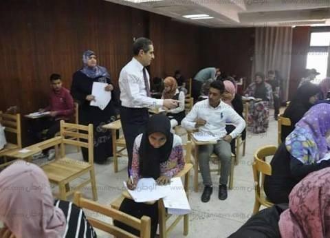 طارق رحمي: هدوء تام والتزام من الطلاب داخل لجان الامتحانات بالسويس