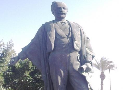 «مدبولى» يوافق على تسجيل تمثال الفرنسى الشهير «ديليسبس» فى عداد الآثار الإسلامية والقبطية