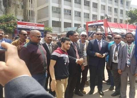 """النائب خالد عبد العزيز بعد الإدلاء بصوته: """"لازم نقول نعم لمصر"""""""