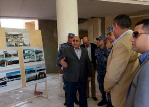 قائد القوات البحرية ورئيس موانئ البحر الأحمر يتفقدان ميناء الغردقة