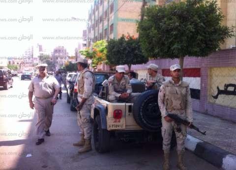 الجيش والشرطة يؤمنان لجان امتحانات الثانوية العامة في المنصورة