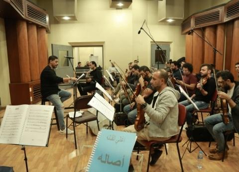 هاني فرحات يجري بروفة حفل أصالة بموسم الرياض بالقاهرة
