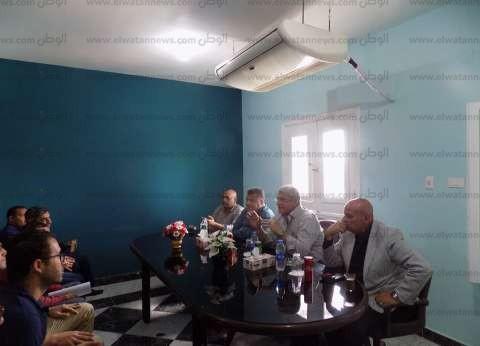 العجوز يلتقي موظفي تعمير جنوب سيناء ويتفقد مشروع التنمية المتكاملة