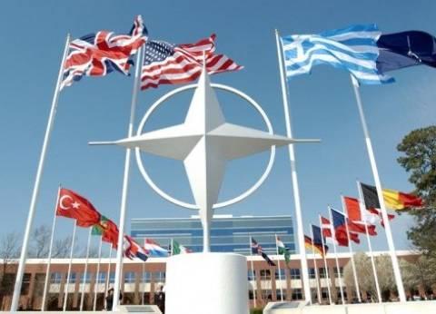 الناتو ينشئ بعثة بقيادة كندية في العراق