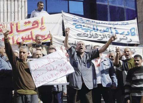 العاملون بهيئة النقل العام يهددون بالإضراب مع انطلاق العام الدراسى الجديد