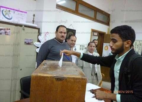 اللجان الانتخابية تفتح أبوابها في بورسعيد وسط إقبال ضعيف من الناخبين