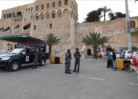 مجهولون يقتلون في طرابلس 12 متهما بقمع الانتفاضة الليبية عقب إطلاق سراحهم