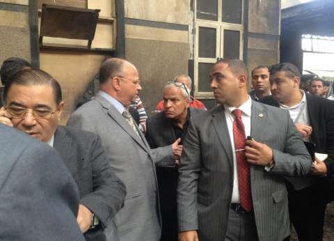 محافظ القاهرة يزور مصابي حريق محطة مصر بمعهد ناصر