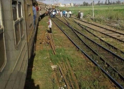 خبراء المفرقعات يؤكدون سلبية بلاغ العثور على قنبلة داخل قطار في بني سويف