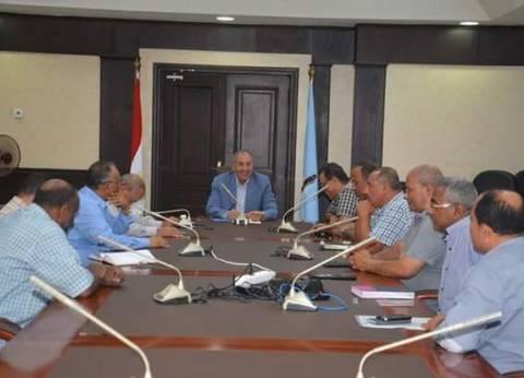 محافظ البحر الأحمريكلف المقاولون العرب بالانتهاء من تطوير ميدان الدهار بالغردقة