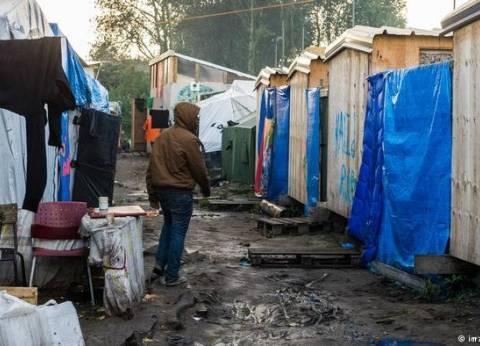 إخلاء مخيم عشوائي للمهاجرين في شمال فرنسا