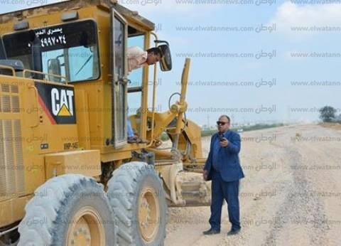 بالصور| مساعد محافظ كفر الشيخ يتفقد الأعمال الأخيرة بشونة المرور