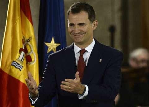 ملك إسبانيا يلتقي قادة الأحزاب السياسية لمحاولة تشكيل حكومة