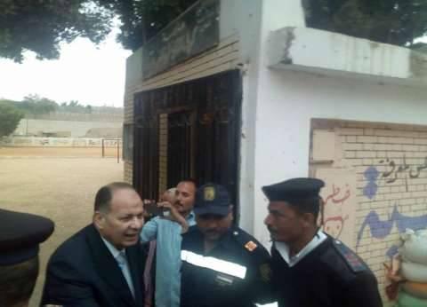 مدير أمن الجيزة يتفقد خدمات تأمين الانتخابات بكرداسة وأبو رواش