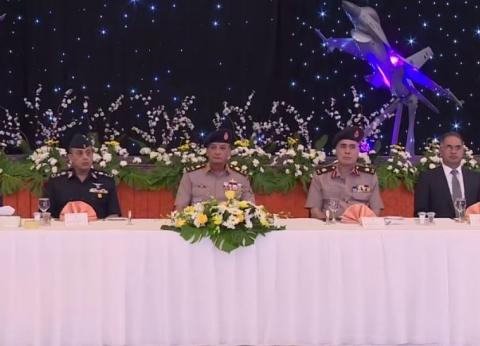 صفحة المتحدث العسكري تنشر فيديو لقاء وزير الدفاع بأعضاء البرلمان