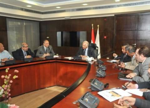 وزير النقل: نركز على إصلاح الطرق والكباري القديمة بالتوازي مع المشروعات الجديدة