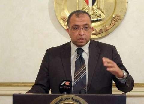 وزير التخطيط يدلي بصوته في مدرسة الأورمان الإعدادية بالدقي