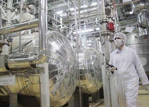 مدير وكالة الطاقة الذرية يصل إيران لإجراء مباحثات بشأن الاتفاق النووي