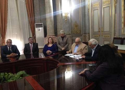 جامعة عين شمس توقع بروتوكول تعاون مع الجمعية الروتارية لخدمة الطلاب