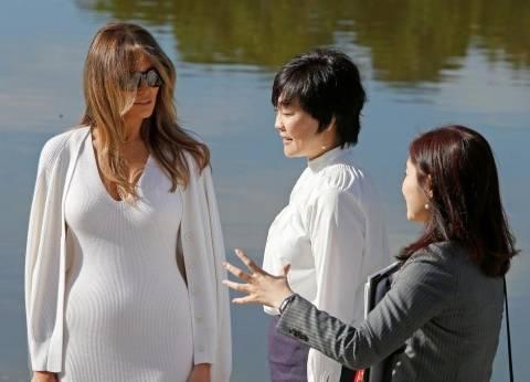 """ميلانيا ترامب ترافق زوجة شينزو آبي في أول ظهور """"غير مألوف"""" للسيدة الأولى"""