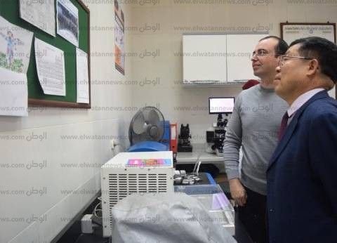 مدير معهد أبحاث الطاقة بأكاديمية البحث العلمي بالصين يزور جامعة المنصورة