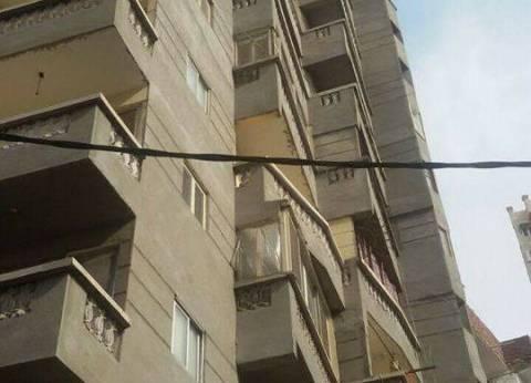 إزالة عقار مخالف في وسط الإسكندرية