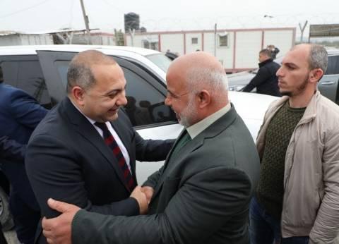الوفد الأمني المصري يبحث مع محافظ غزة آليات المصالحة الفلسطينية