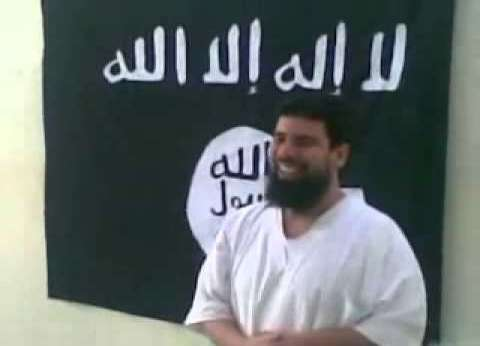 """قاضي """"القاعدة"""" ومشرف التنظيم بدرنة.. تعرف على الإرهابي عمر رفاعي سرور"""