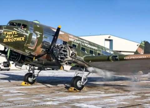 """حدوتة طيارة  """"C-47"""" حاربت في """"نورماندي"""".. وعثر عليها في القمامة"""