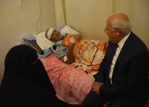 محافظ بورسعيد يزور المرضى في أول أيام عيد الأضحى المبارك