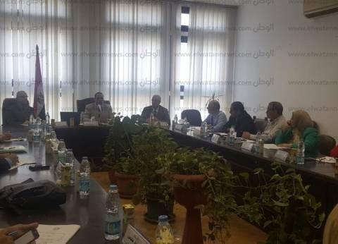 رئيس جامعة دمنهور يطالب بإنشاء مراكز ريادة الأعمال