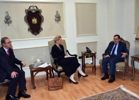 """""""الملا"""": مصر ماضية لتحسين وتهيئة المناخ الاستثماري الجاذب بصناعة البترول والغاز"""