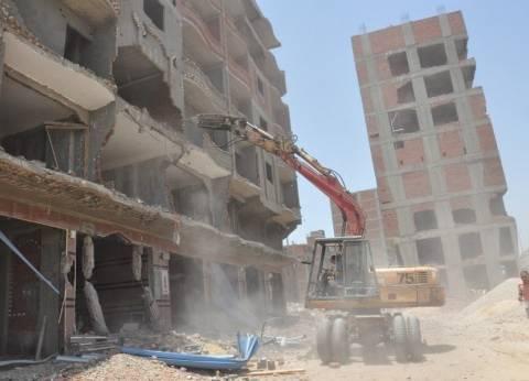 محافظ القاهرة: العقارات المخالفة انتشرت.. وجدول زمني لإزالتها