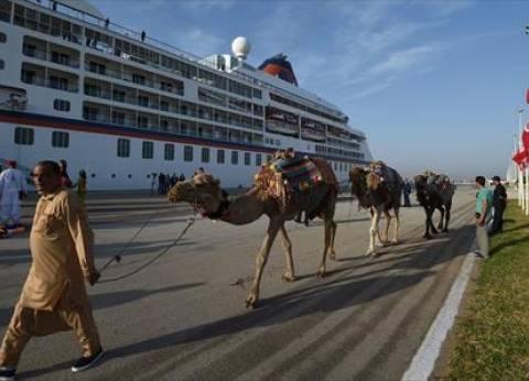وصول وسفر 2074 راكبا بموانئ البحر الأحمر وتداول 500 شاحنة