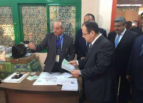 بالصور| وزير الداخلية يدلي بصوته في مدينة نصر: مصر محروسة