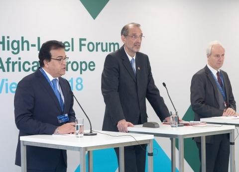 عبدالغفار يوقع بروتوكول تعاون مع النمسا في البحث العلمي