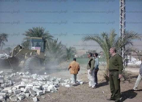 إزالة 23 حالة تعد على الأراضي الزراعية وأملاك الدولة بسوهاج