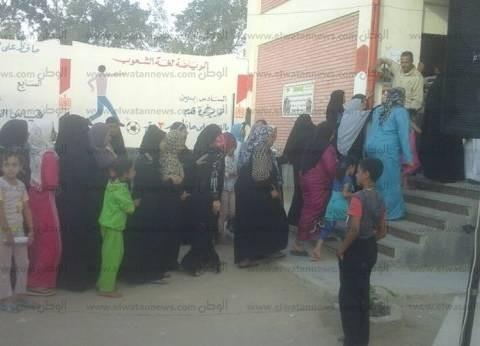 """""""قومي المرأة"""" ببني سويف يرصد توزيع رشاوى على الناخبين في """"ببا"""""""