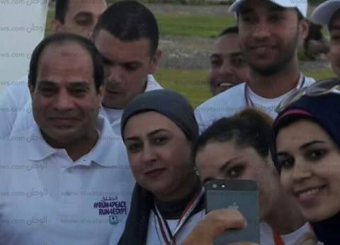 """حلا ابنة الإسماعيلية: ناقشت الرئيس في المحليات.. و""""جريت جنبه"""" في الماراثون"""