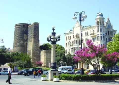 أذربيجان تقرر إجراء انتخابات رئاسية مبكرة في أبريل المقبل