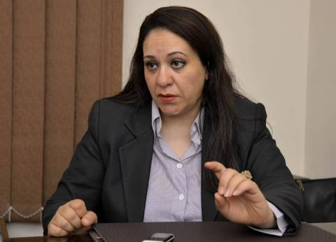 د. نورهان الشيخ: الرئيس الروسى راهن على «السيسى» باعتباره زعيماً وطنياً ليس له هوى «شرقى أو غربى»