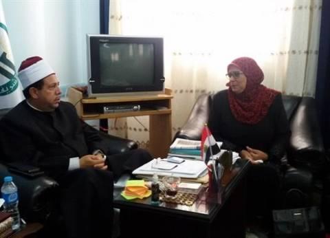 رئيس دمياط الأزهرية يبحث تطوير رياض الأطفال بمعاهد المنطقة