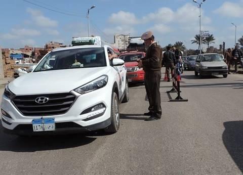 ضبط سيارتين ودراجة بخارية بدون ترخيص في أسوان