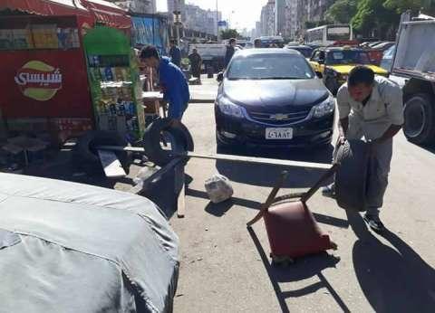 حي المنتزه ثان يشن حملة لإزالة الحواجز الحديدية شرق الإسكندرية