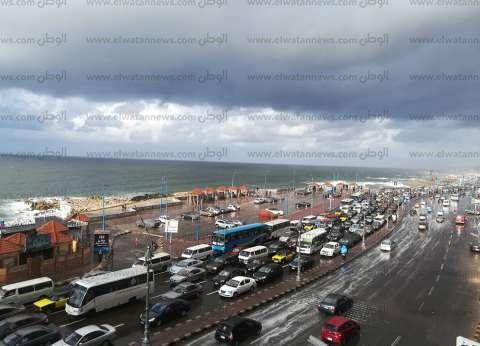 """""""الأرصاد"""": أمطار غزيرة على السواحل الشمالية ومتوسطة بالقاهرة"""
